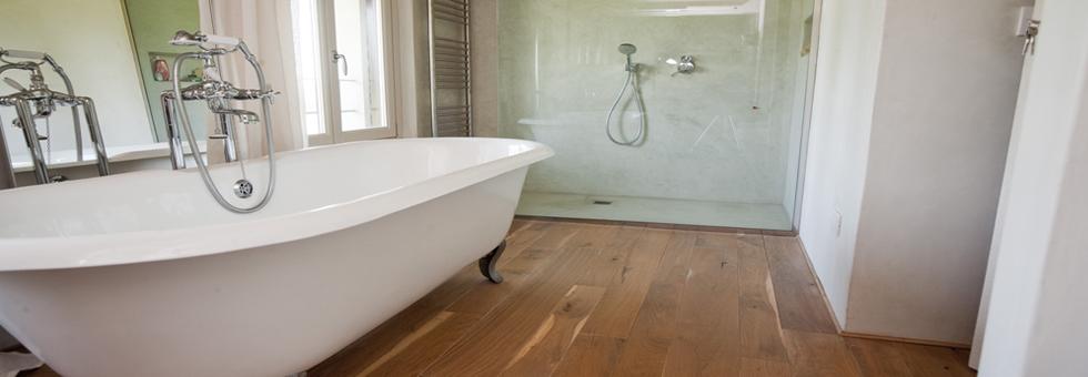 Consigli parquet bagno suggerimenti per l 39 intallazione di parquet nella zona bagno - Bagno in parquet ...