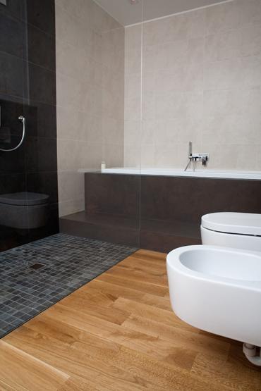Mobili lavelli bagno parquet - Bagno con parquet ...